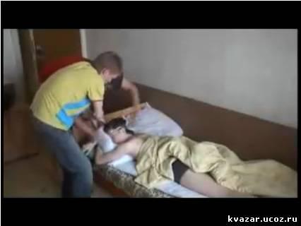 студентки отдыхают в общежитии-хс2